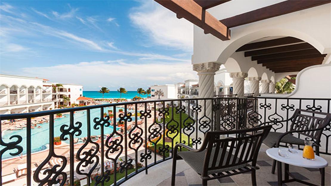 Royal Junior Suite Ocean View