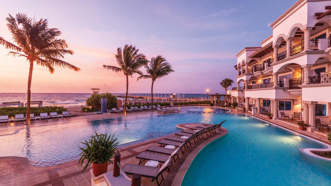 1/7  Hilton Playa del Carmen - Mexico