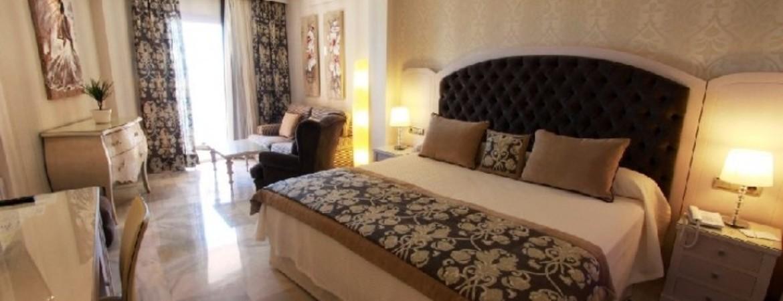 1/5  Hotel Balcon de Europa - Spain