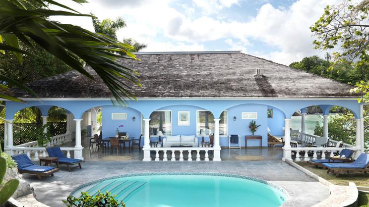 1/10  Jamaica Inn - Jamaica
