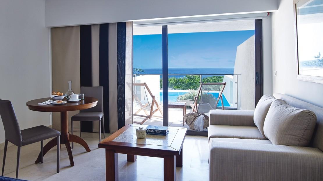 Porto Sea View Suite Private Pool