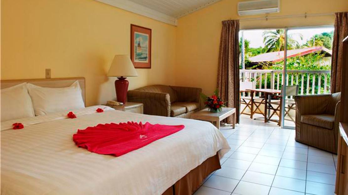 1/4  Halcyon Cove - Antigua