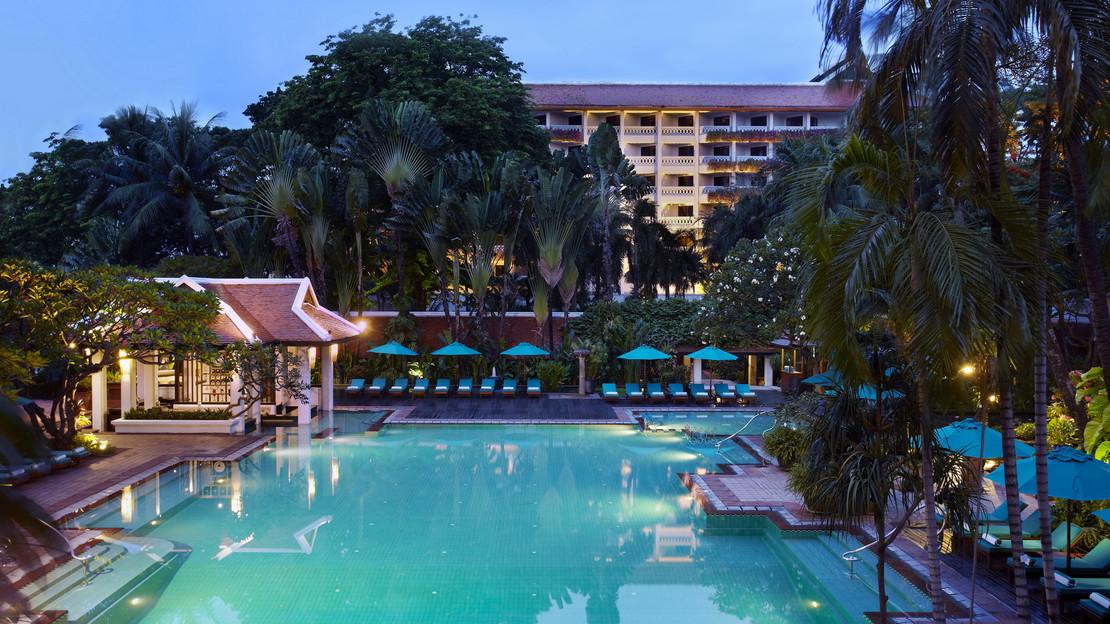1/23  Anantara Riverside Bangkok Resort - Thailand