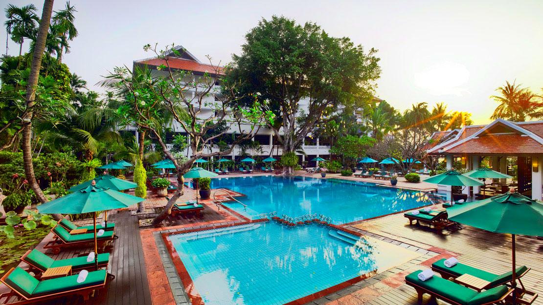1/17  Anantara Riverside Bangkok Resort - Thailand