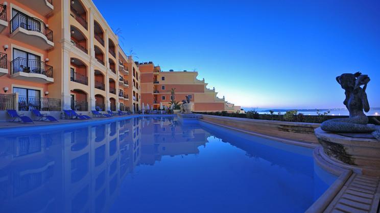 1/8  Grand Hotel Gozo - Malta
