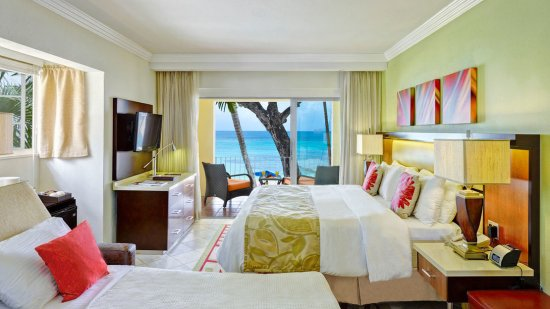 Oceanfront Room with Sleeper Chair