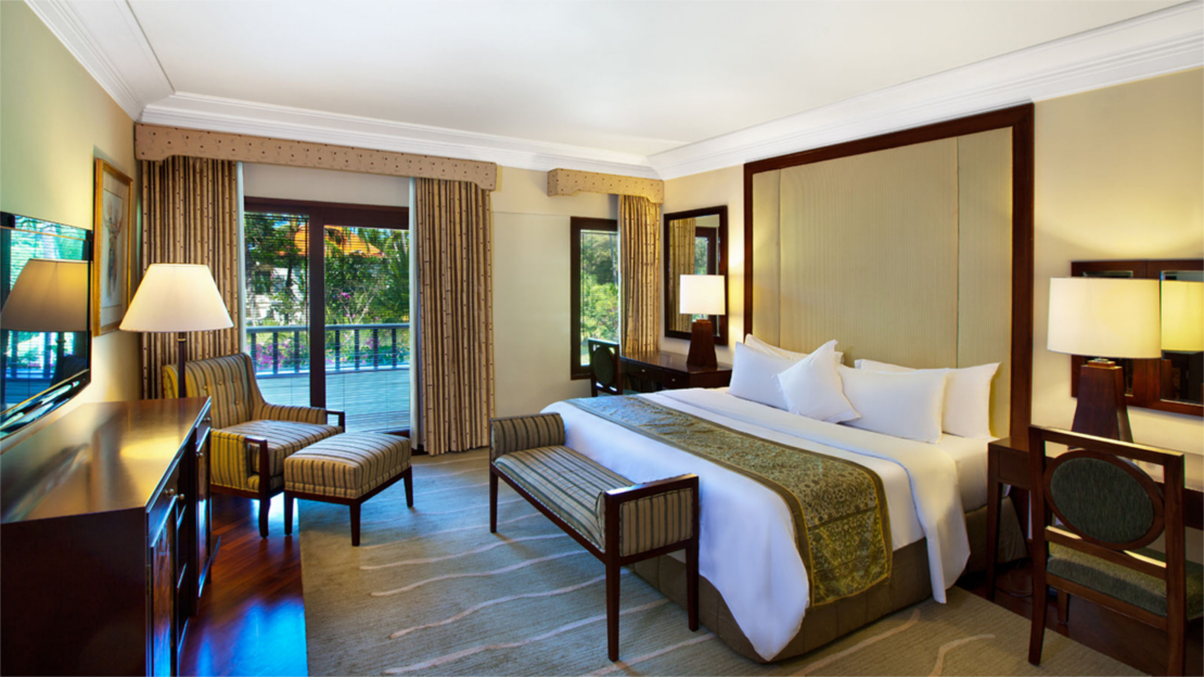 Suites (Executive Suite, Lagoon Access Suite and Deluxe Executive Suite)