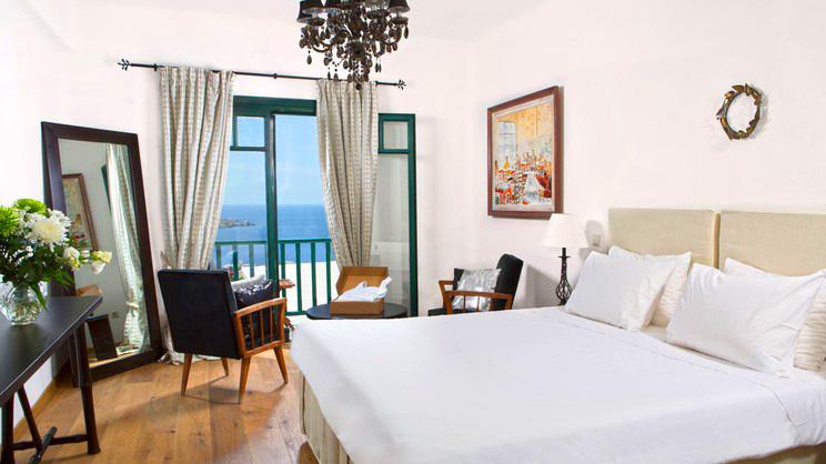 1/5  Tharroe of Mykonos Hotel - Mykonos