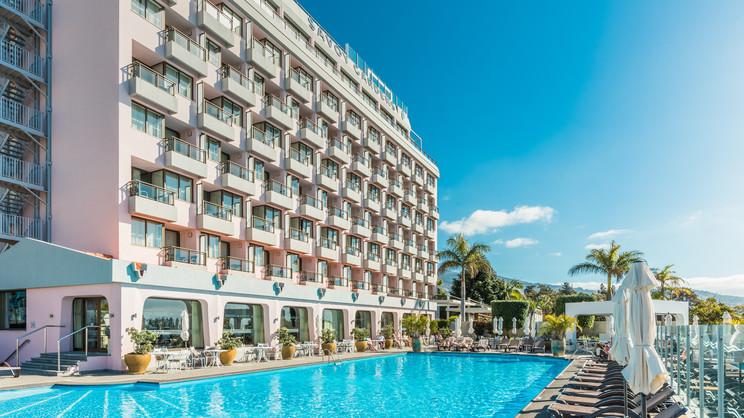 1/11  Savoy Gardens Hotel - Madeira