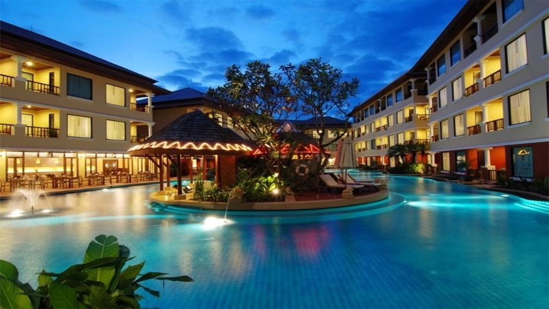 1/17  Patong Paragon Resort - Thailand