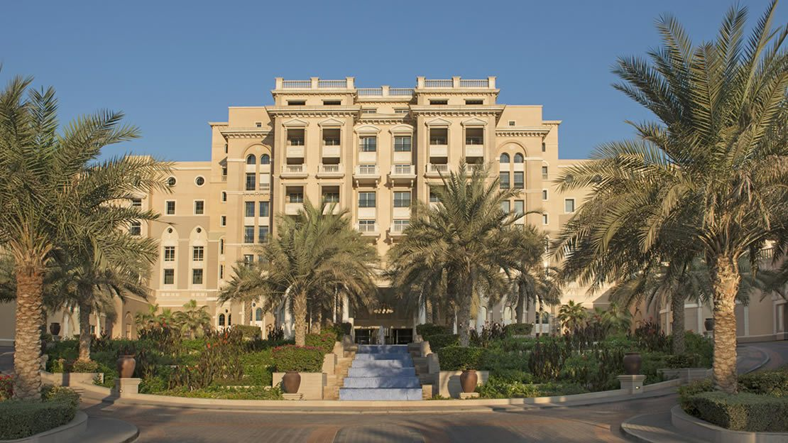 1/10  Westin Dubai Mina Seyahi - Hotel Exterior