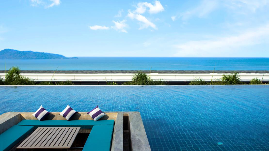 1/19  Centara Grand Mirage Beach Resort Pattaya - Thailand