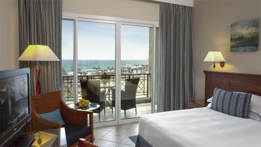Premium Room Ocean Front Balcony