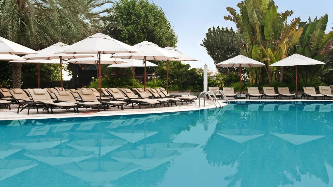 1/10  Hilton Dubai Jumeirah Resort - Dubai