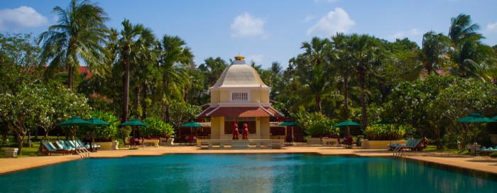 1/12  Raffles Grand Hotel D'Angkor - Siem Reap