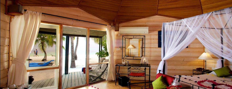1/9  Kerudu Island Resort - Maldives