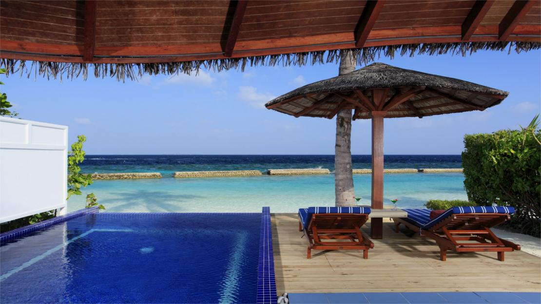Luxury Beachfront Pool Villa 1 and 2 Bedrooms