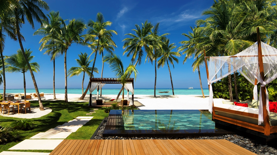 Exterior of Grand Sunset Residence Reethi Rah Resort