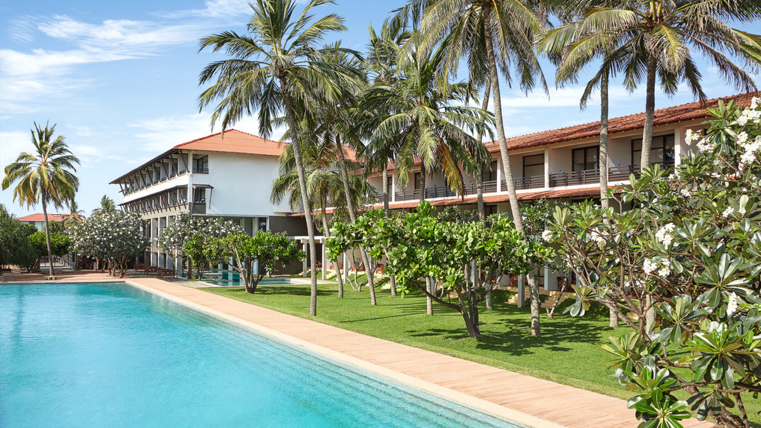 1/14  Jetwing Beach - Sri Lanka