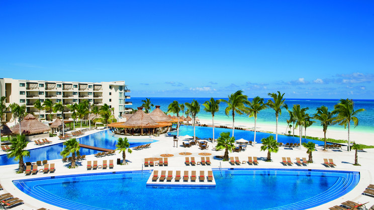 1/11  Dreams Riviera Cancun Resort and Spa - Mexico