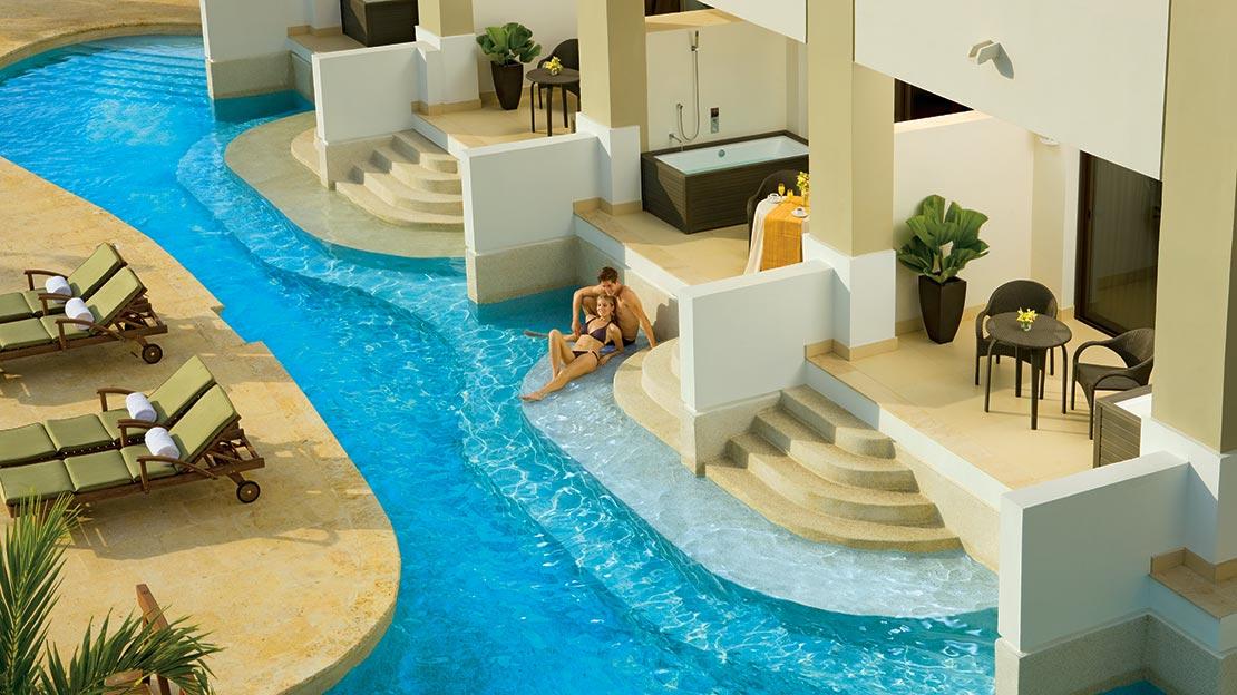 Preferred Club Junior Suite Ocean View Swim-Out