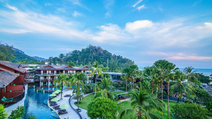 1/12  Holiday Inn Resort - Krabi