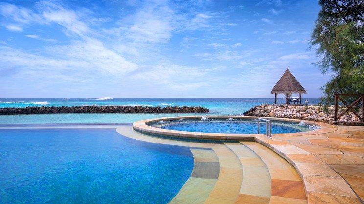 1/14  Taj Coral Reef - Maldives