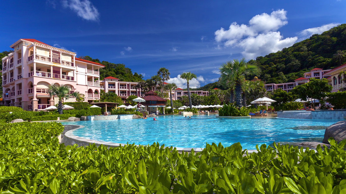 1/21  Centara Grand Beach Resort Phuket - Thailand