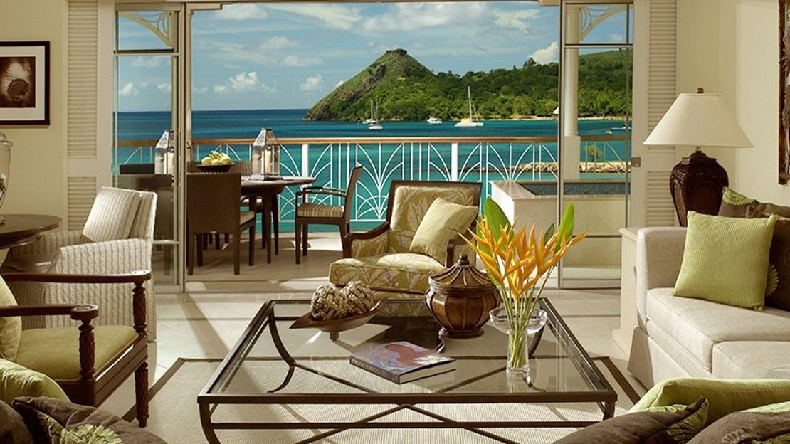 Beachfront Villa Suites