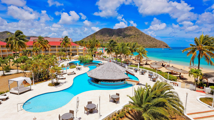 1/8  Mystique Royal St Lucia - St Lucia