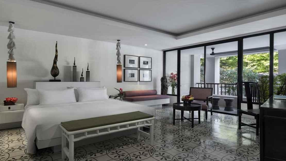 Surin Room