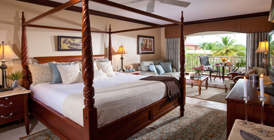 Lover's Lagoon Honeymoon Premium