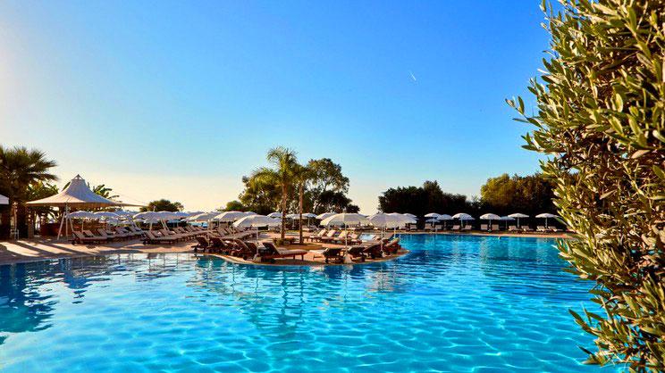 1/8  Grecian Park Hotel - Cyprus
