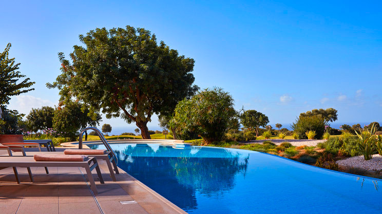 1/7  Aphrodite Hills and Spa Resort - Paphos