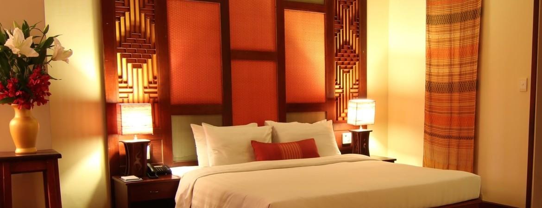 1/8  Amanjaya Pancam Suites Hotel - Phnom Penh