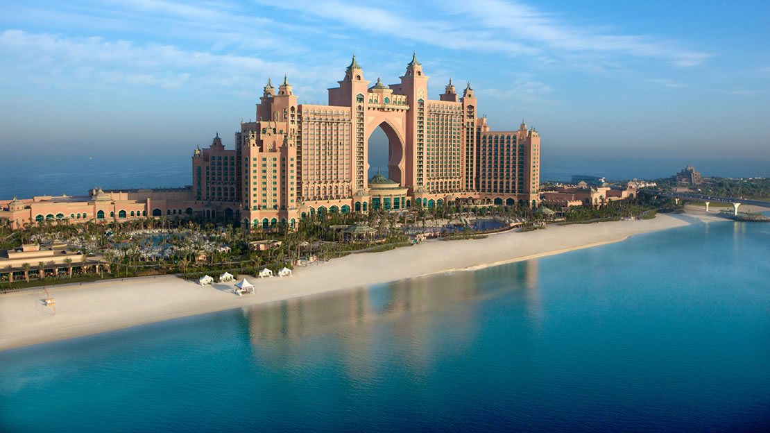 1/15  Atlantis - The Palm Hotel Exterior