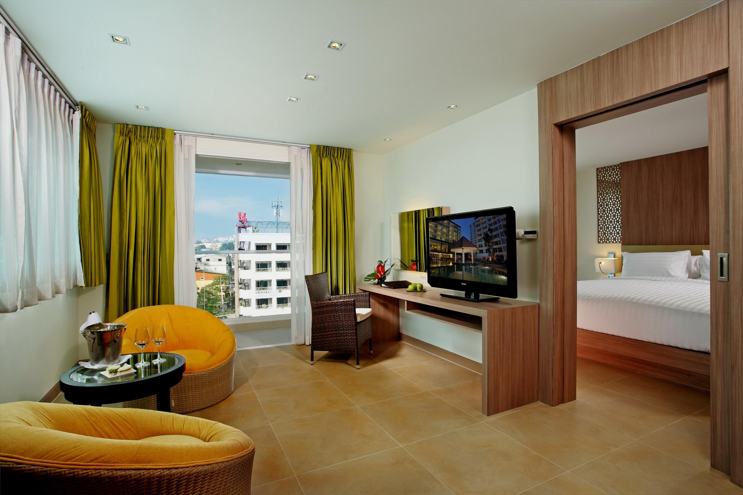 1/6  Centara Pattaya Hotel - Thailand