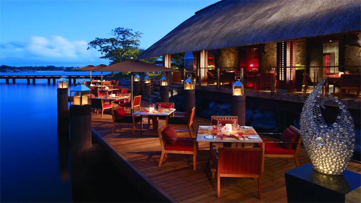 Four Seasons Resort at Anahita