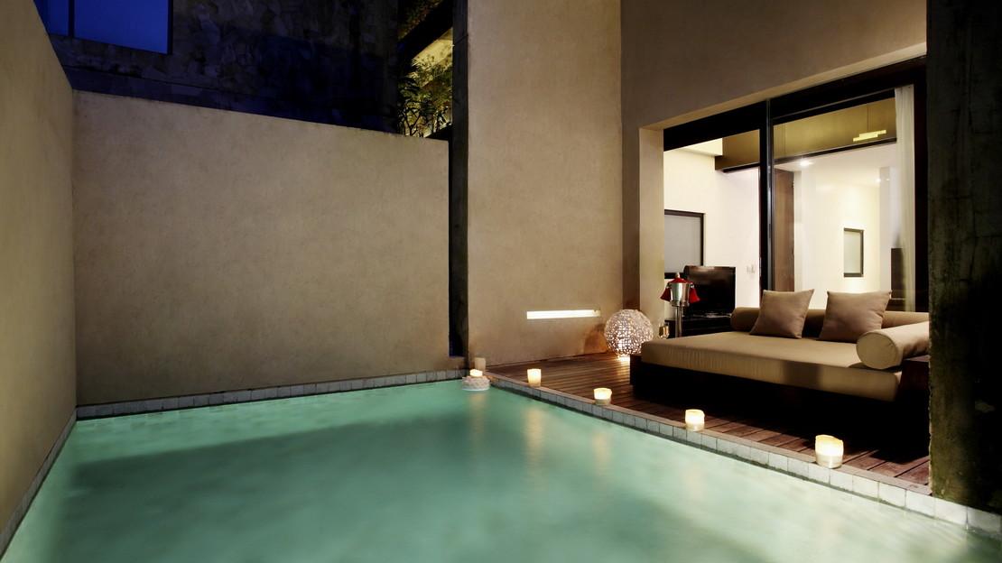Private Pool Duplex