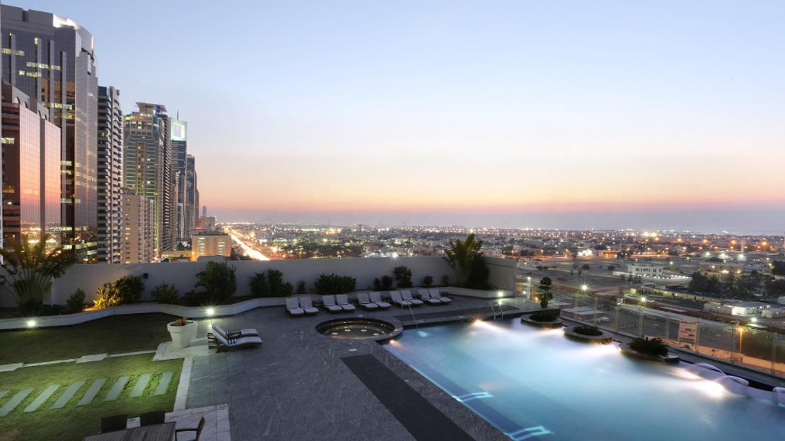 1/8  Millennium Plaza Hotel - Dubai