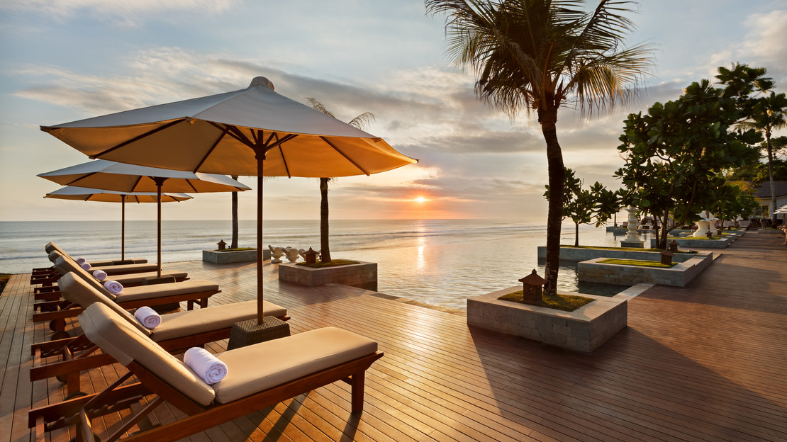 1/11  The Seminyak Beach Resort and Spa - Bali