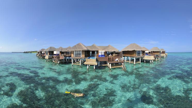 1/14  Coco Bodu Hithi - Maldives
