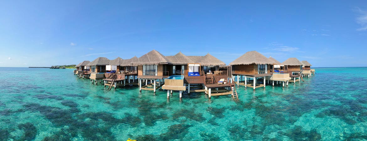 1/12  Coco Bodu Hithi - Maldives