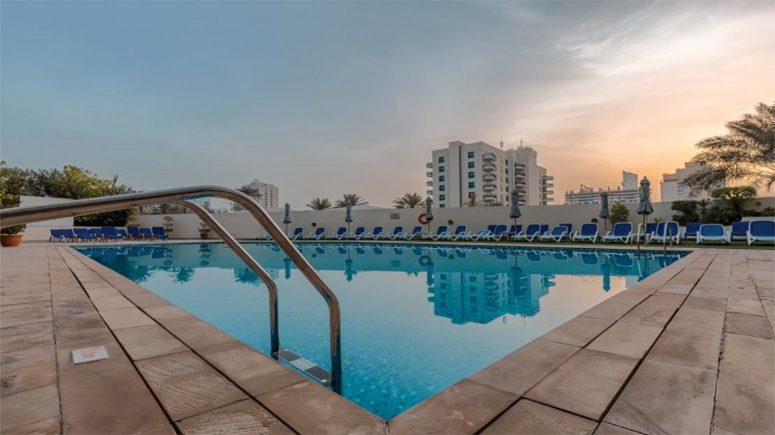 1/10  Arabian Park Hotel Dubai - Dubai