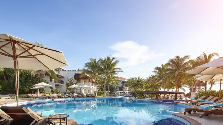 1/14  Desire Riviera Maya Pearl Resort - Cancun