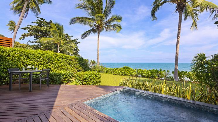 Beachfront Plunge Pool Suite