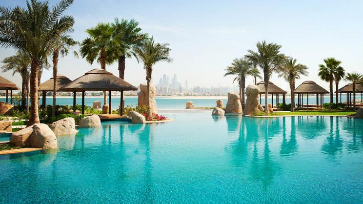 1/8  Sofitel Dubai The Palm Resort and Spa