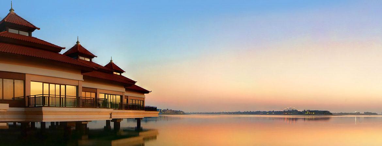 1/11  Anantara The Palm Dubai Resort and Spa