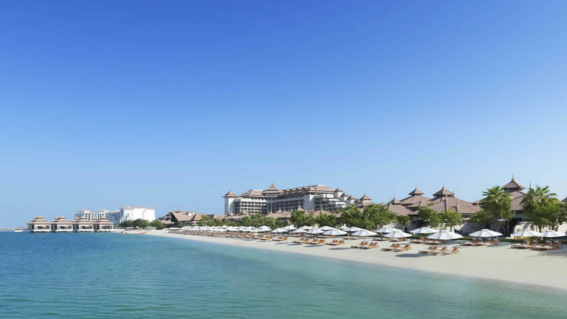 Hotel & Private Beach - Anantara The Palm Dubai Resort