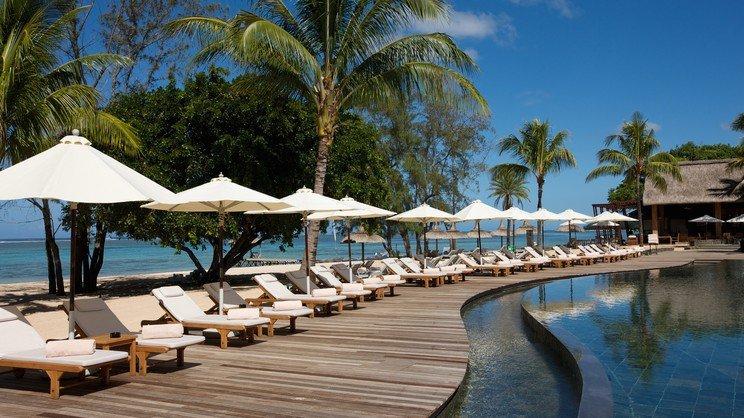 1/12  Outrigger Mauritius Resort - Mauritius